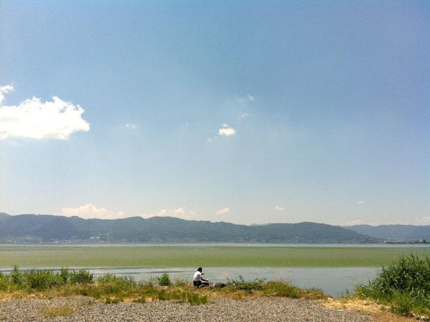 湖畔のライダー