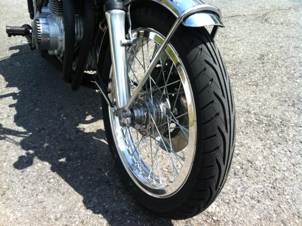 タイヤは ダンロップ GT601