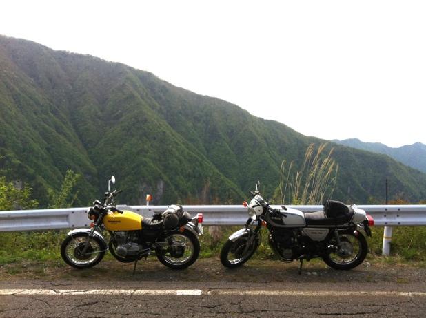 CB400FとGX750