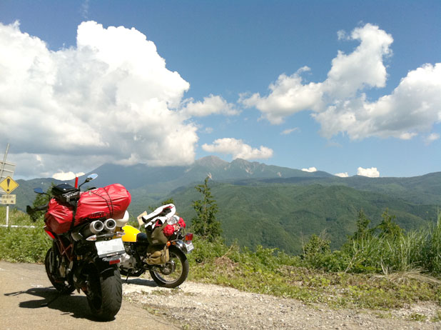 御嶽山を眺める